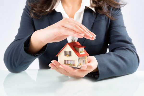 How Texans Can Find the Best Homeowners Insurance Policy